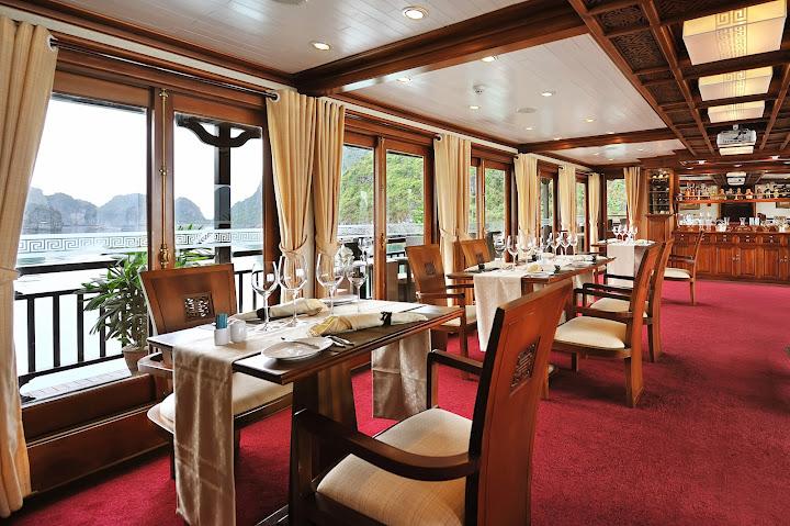 Peak Dining room
