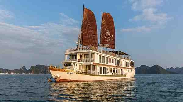 Ha Long Violet cruise